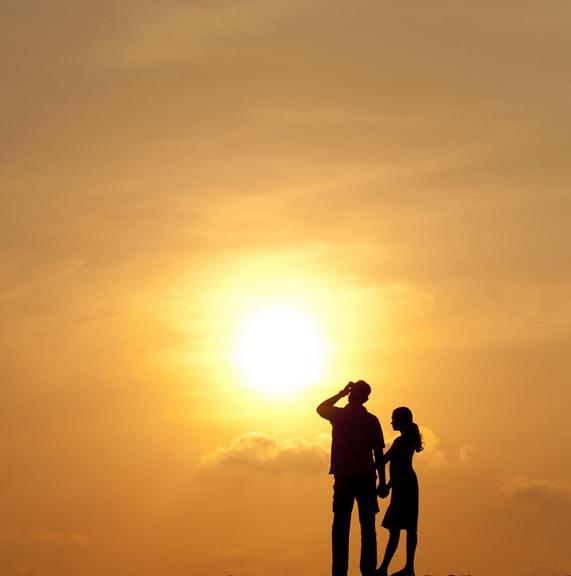 Advice Column: Is my best friend into me?